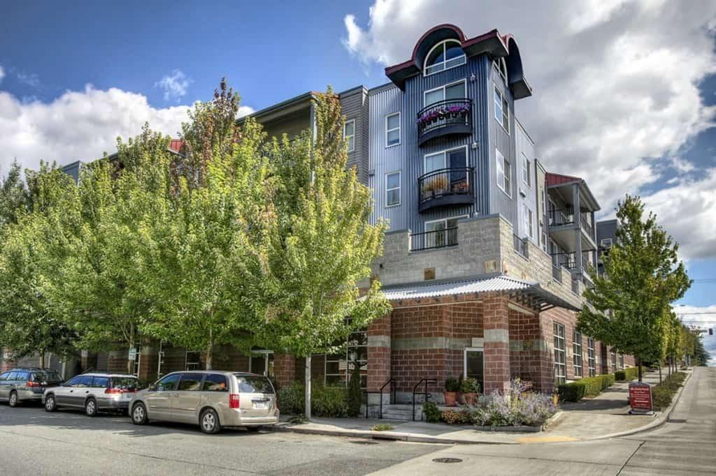 Evanston Apartments Greenwood